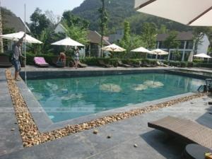 Bể bơi gia đình chú Tư