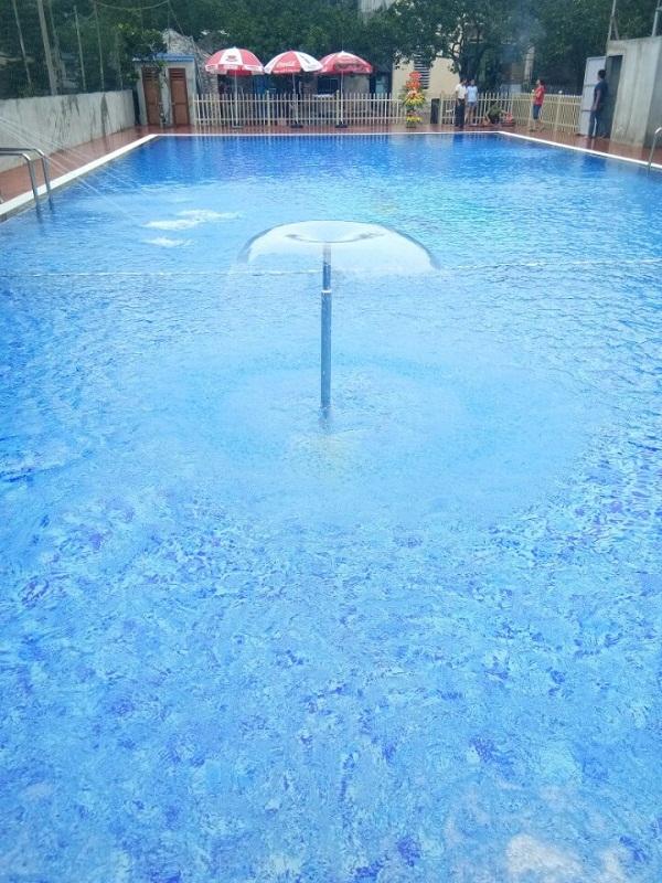Cận cảnh đài phun nước tại bể bơi Lan Xuyên
