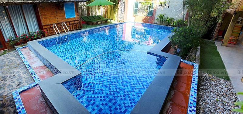 bình lọc thông minh J2008 lắp đặt tại bể bơi gia đình