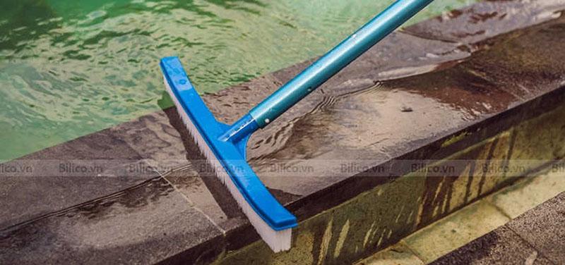 Chổi cọ bể bơi Midas kết hợp với sào nhôm