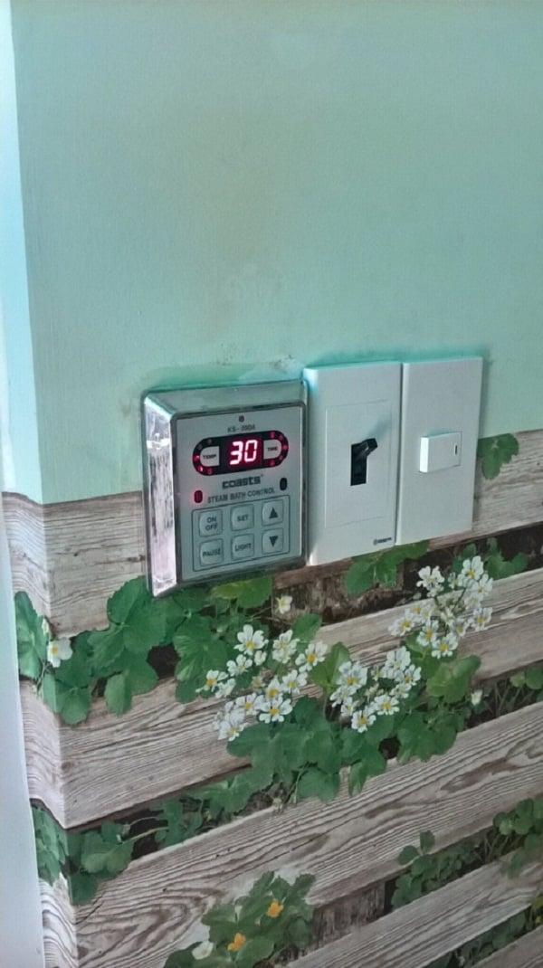 Phòng xông hơi ướt gia đình chị Hồng sử dụng máy xông hơi ướt Coast 6Kw