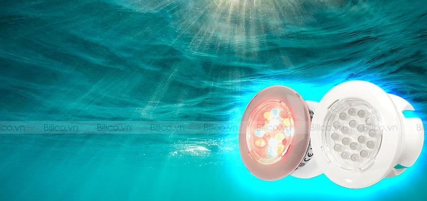 Đèn bể bơi Emaux P10 có thiết kế nhỏ gọn