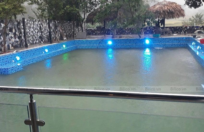 Ứng dụng Đèn led trắng trang trí bể bơi TF12-12M