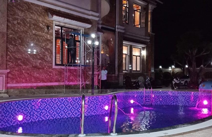 Ứng dụng đèn led trang trí bể bơi TF12-18M