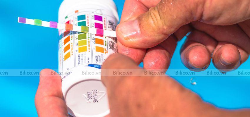 Kiểm tra nồng độ pH trong nước