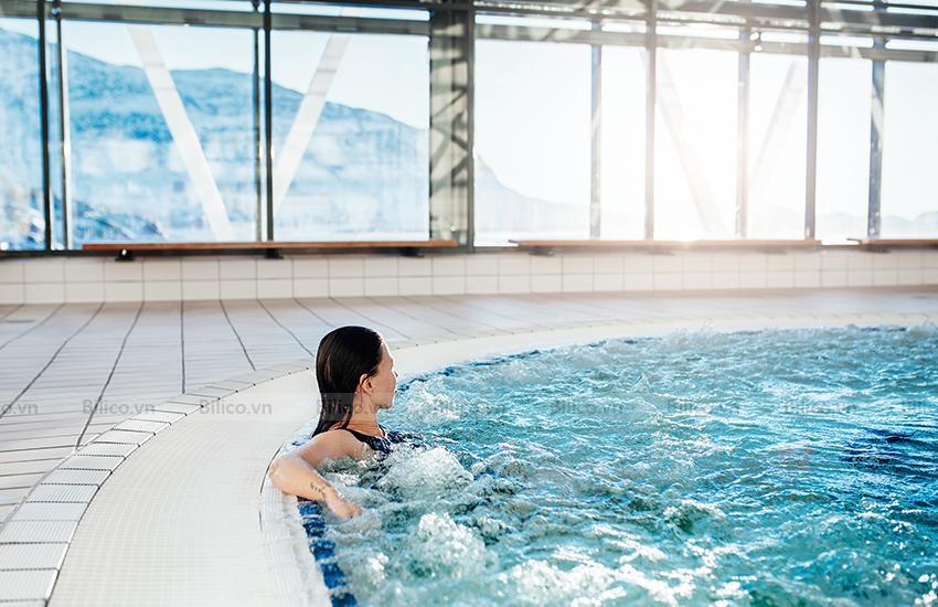 Ứng dụng máy thổi khí con sò Kripsol SKH250M tại hồ bơi
