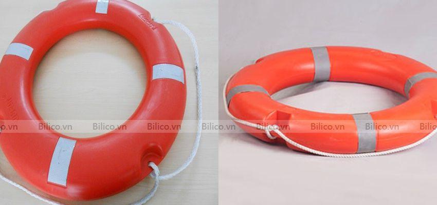 Phao cứu hộ bằng nhựa được trang bị dây cáp