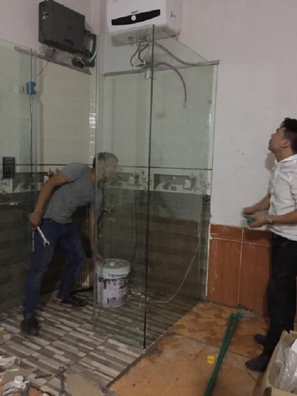 Phòng xông hơi ướt gia đình anh Thắng khiđang thi công