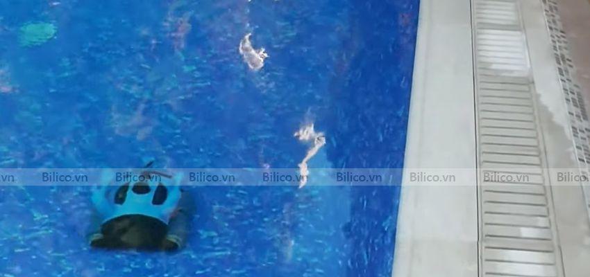 robot vệ sinh bể bơi icleaner 200 di chuyển trong lòng bể dễ dàng