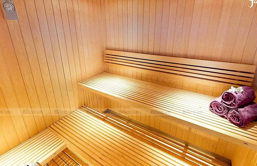 Ứng dụng bộ xô gáo gỗ sauna trong phòng xông khô