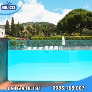 tấm acrylic bể bơi